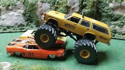 Greenlight 1983 Ford LTD Station Wagon Custom Monster Truck Grocery Getter 1/64
