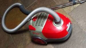 Hoover (Good Brand) Smart Vacuum Redwood Park Tea Tree Gully Area Preview