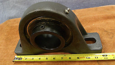 "NEW Browning PILLOW BLOCK BEARING 2-11/16"" Bore 3"" wide heavy duty 19Lbs."