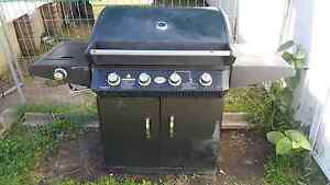4 burner Lpg bbq Revesby Bankstown Area Preview