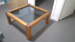 Lovely wood and glass coffee table Mortdale Hurstville Area Preview