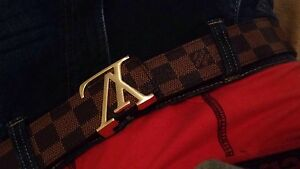 Louis Vuitton. (Replica belt)
