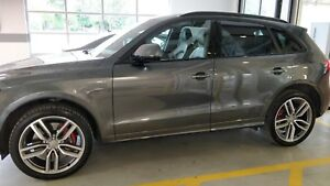 2016 Audi SQ5 Technik Daytona Black Optics 30,000km