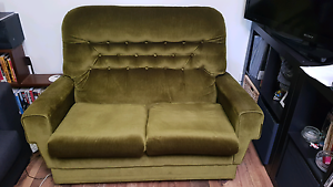Vintage couch Glenelg Holdfast Bay Preview