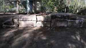Sandstone rock wall bolders  pick up dayboro 4525 Narangba Caboolture Area Preview