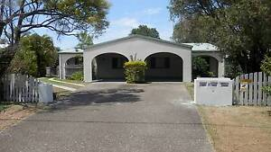 Pet Friendly Small Studio with Aircon! Pacific Paradise Maroochydore Area Preview