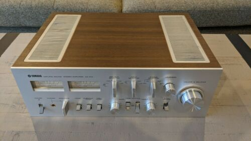 Vintage Yamaha CA 810 Integrated Natural Sound Stereo Amplifier / NICE / LOOK
