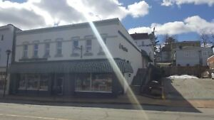 COMMERCIAL SPACE AVAILABLE KING ST. BRIDGEWATER AVAIL.  JUNE 1ST