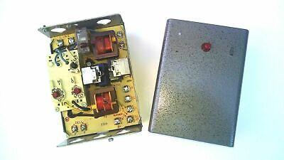 Honeywell R8182d 1079 1038 Vertical Mount Boiler Control Triple Aquastat Relay