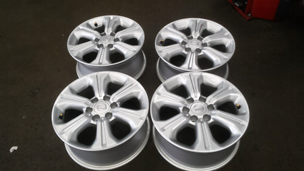 Navara NP300 wheels 16x7