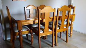 Glass top dining table and 6 chairs in excellent condition St Albans Brimbank Area Preview