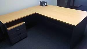 Office Desk Thornton Maitland Area Preview