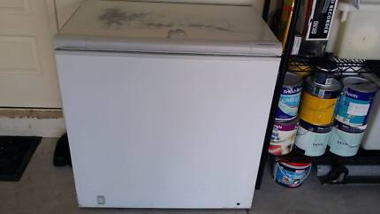 Fisher&Paykel 215 Litres Chest Freezer Good Working Order. Ridgewood Wanneroo Area Preview