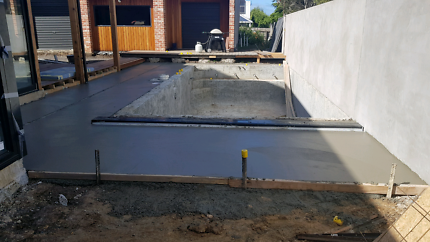 Wanted: Wtb concreting tools
