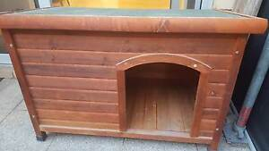 Dog Kennel - suit small-medium dog Attadale Melville Area Preview