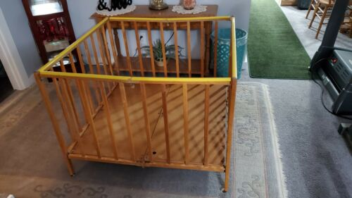 VINTAGE CHILDS WOODEN PLAYPEN FOLD UP 40""