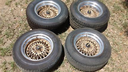 Simmons suit ford falcon xr xt xw xy xa xb xc xd x with new tyres
