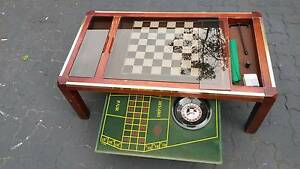 SOLID TIMBER RETRO 80sGAMING COFFEE TABLE WITH ROULETTE AND CHESS Woody Point Redcliffe Area Preview