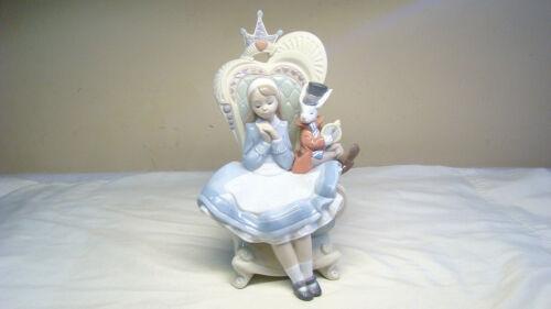 Lladro Alice in Wonderland w Rabbit in Throne Figurine