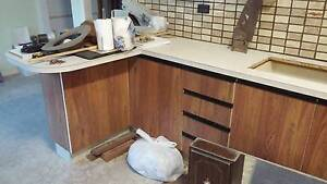 Kitchen benches and below-counter cupboards Bomaderry Nowra-Bomaderry Preview