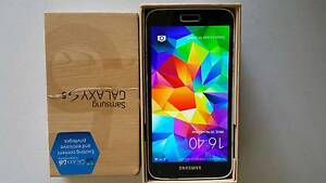 Samsung Galaxy S5 16G unlocked Forest Hill Whitehorse Area Preview