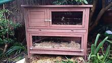 Small animal hutch - great for guinea pigs, rabbits or chickens. Castle Cove Willoughby Area Preview