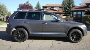 2008 Volkswagen Touareg 2 RARE R-line 350hpV8 Air Suspension