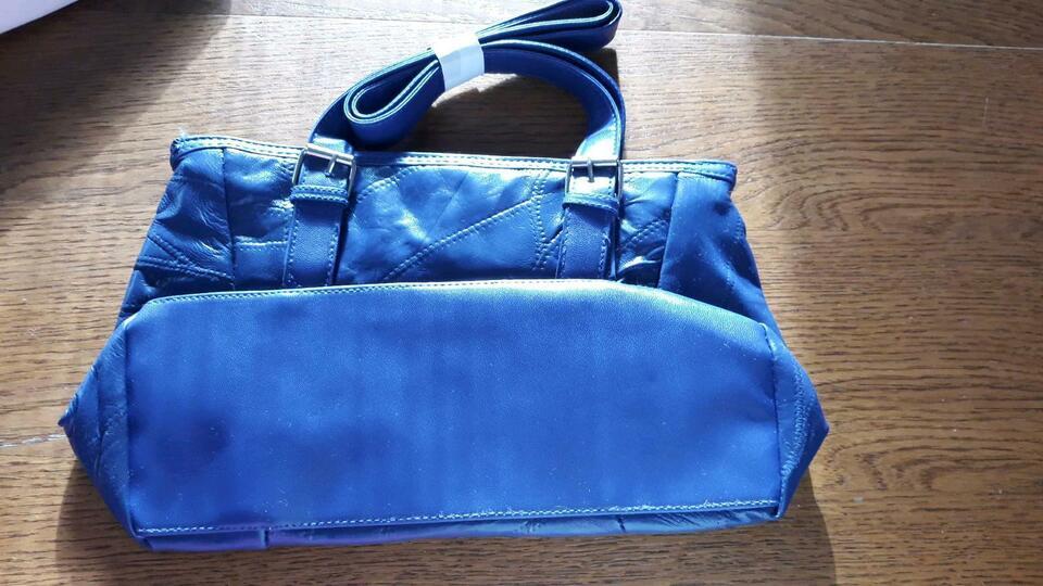 Schöne blaue Handtasche NEU in Schleiz