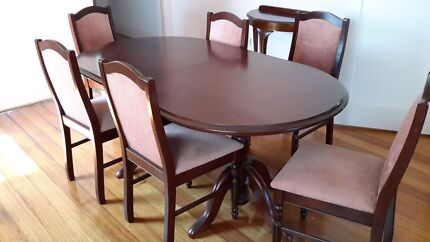 Dining room table and other pieces of furniture McKinnon Glen Eira Area Preview