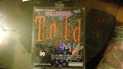 HALLOWEEN TANGLED PARTY GAME