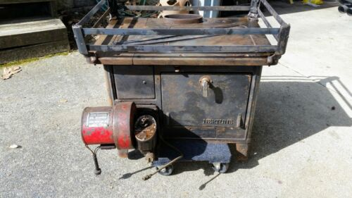 Vintage Marine cast iron oil burning stove Neptune Model 2A
