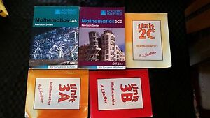 Year 10, year 11, and year 12 Textbooks and Workbooks Girrawheen Wanneroo Area Preview