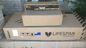 Free carton boxes Wishart Brisbane South East Preview
