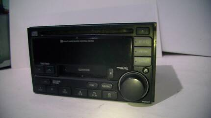 2002 Subaru Outback Clarion PF-23531-B CD/Radio/Cassette player.