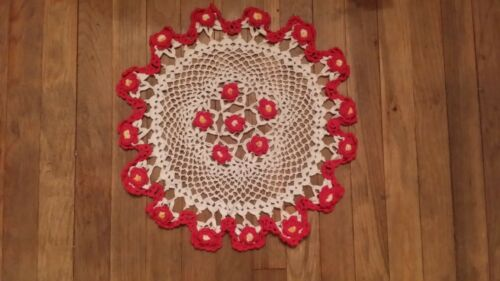 VINTAGE HAND CROCHET WHITE RED YELLOW  FLORAL ROUND DOILIE FREE SHIPPING