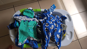 Baby bath,bulk clothes; jolly jumper baby carrier Upper Coomera Gold Coast North Preview