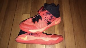 Nike Kyrie size 5Y basketball shoes