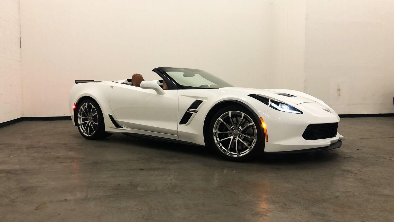 2018 White Chevrolet Corvette Grand Sport 2LT | C7 Corvette Photo 6