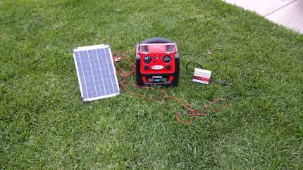 jumpstarter 6 in one  plus solar charging sys plus inverter 1 off