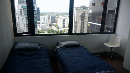 Share room for two girls in MELBOURNE CBD $160pp private bathroom