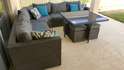Pacific Modular Outdoor Dining Suite / sofa / couch
