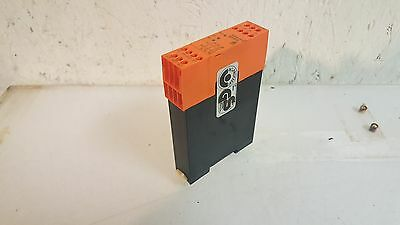 Safemaster Emergency Stop Relay Module, BG5925 / BG5925.22, DC24V Used, Warranty