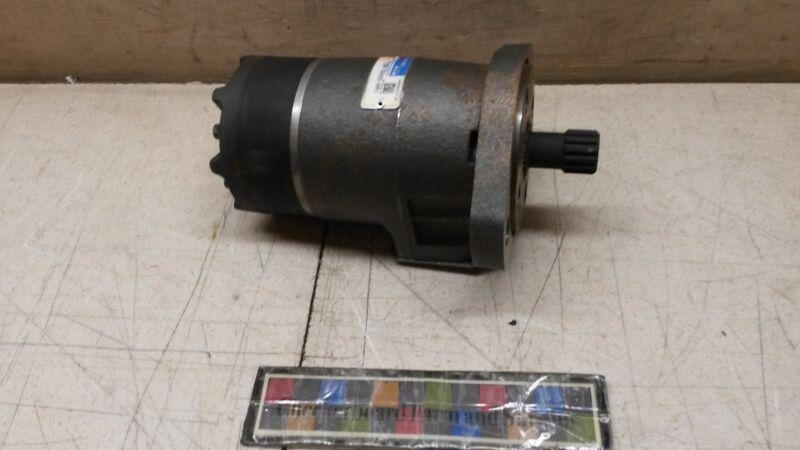 Nos Eaton Char-lynn Hydraulic Motor 158-3493-001 2ha685 73222 4320015150686