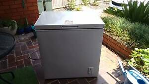 CHEST FREEZER 140L Pennant Hills Hornsby Area Preview