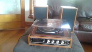 HIS MASTERS VOICE - 8 8 TRANSISTOR STEREO RECORD PLAYER Bentleigh East Glen Eira Area Preview