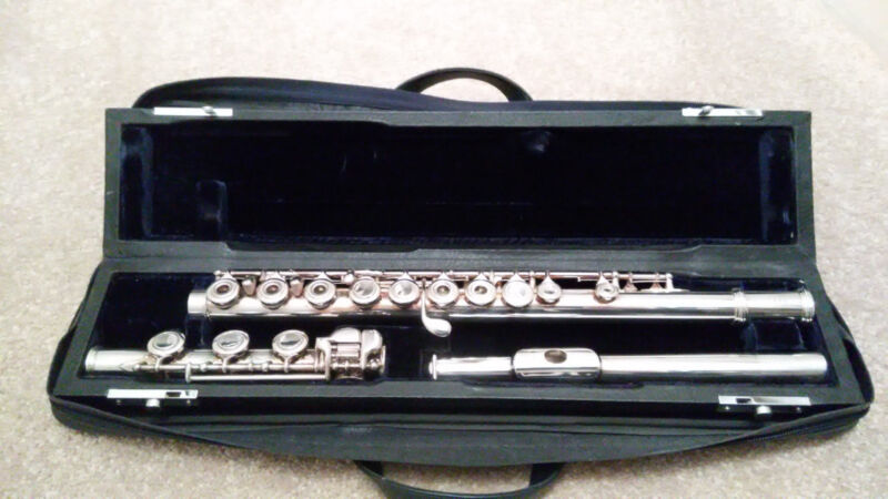 ALLORA SILVER FLUTE ADVANCED MODEL AA448 FLUTE WITH B-FOOT & CASE