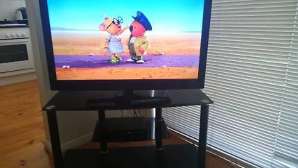 "38.5"" HD LCD LED TV, DVD Player & Entertainment Unit East Brisbane Brisbane South East Preview"