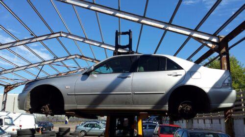 Lexus IS200 2.0L 1998-2005 SPORT *BREAKING* 1 x wing mirror N/S PASSENGER SIDE