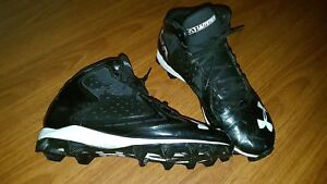 Men's UA Football Cleats