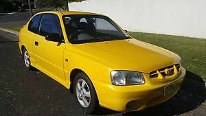 2000 Hyundai Accent Hatchback Corlette Port Stephens Area Preview